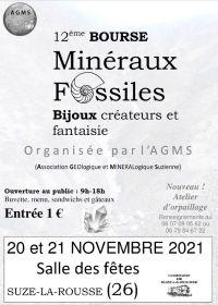 12e uitwisseling van mineralen, fossielen en juwelen