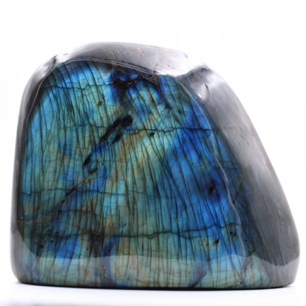 Blokje labradoriet met blauwe reflecties